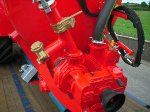 8000 litre garda pump with 4 gate valve
