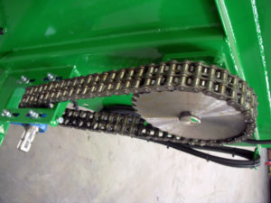 Heavy duty duplex chain on 1000 side spreader