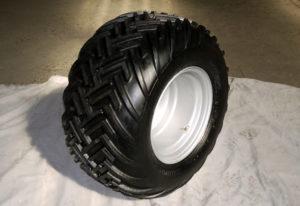 Oversize wheel as standard